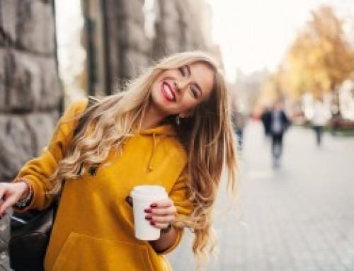 Cambia tu sonrisa gracias a las Carillas de Porcelana